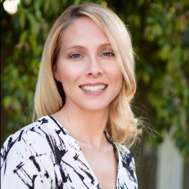 Dr. Jeanine Kraybill - Headshot