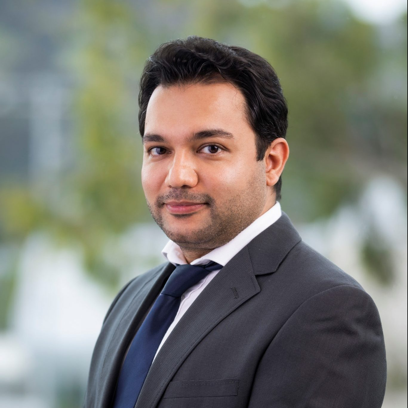 Dr. Amin Malek - Headshot