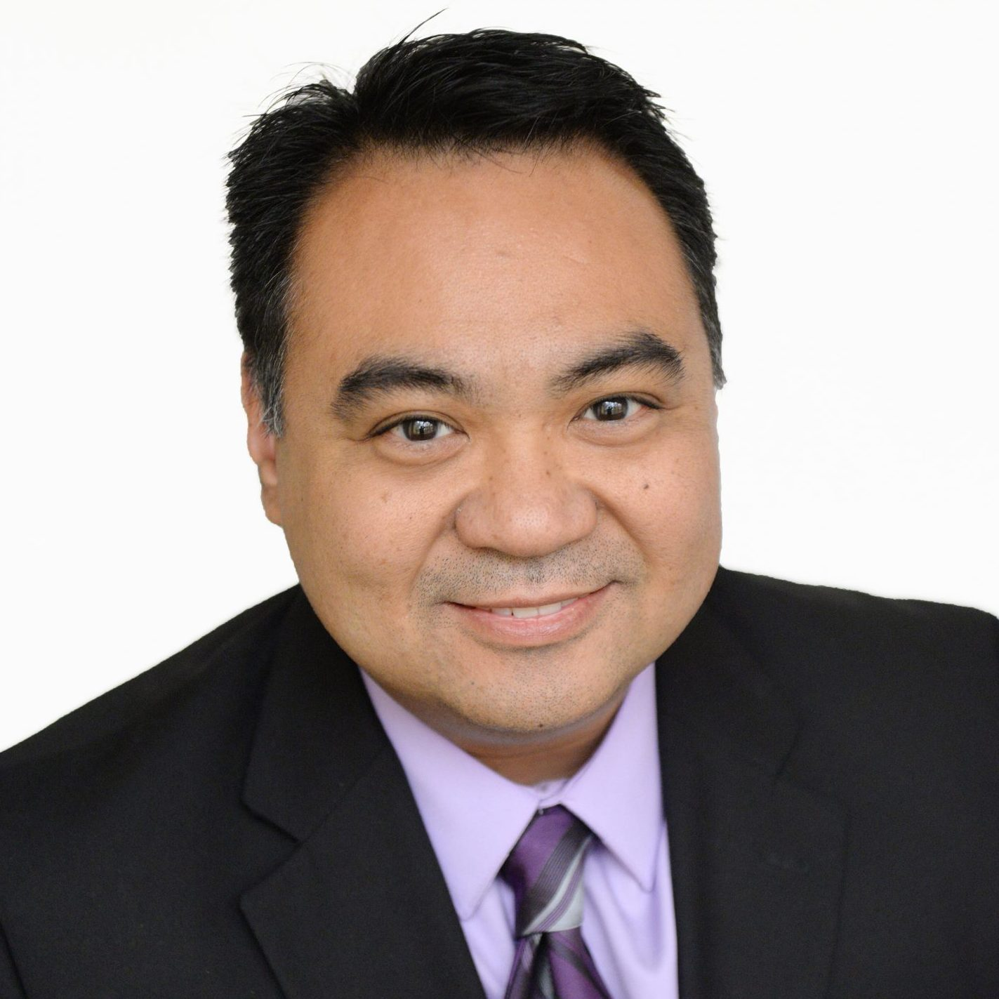 Dr. Marvin Campos - Headshot